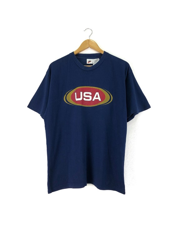 dark blue nike t shirt