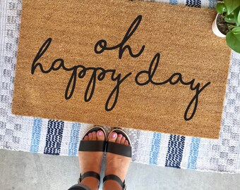 "oh happy day doormat - 18""x30"" - script font -  calligraphy - welcome mat - cute doormat - spring decor - apartment decor - housewarming"