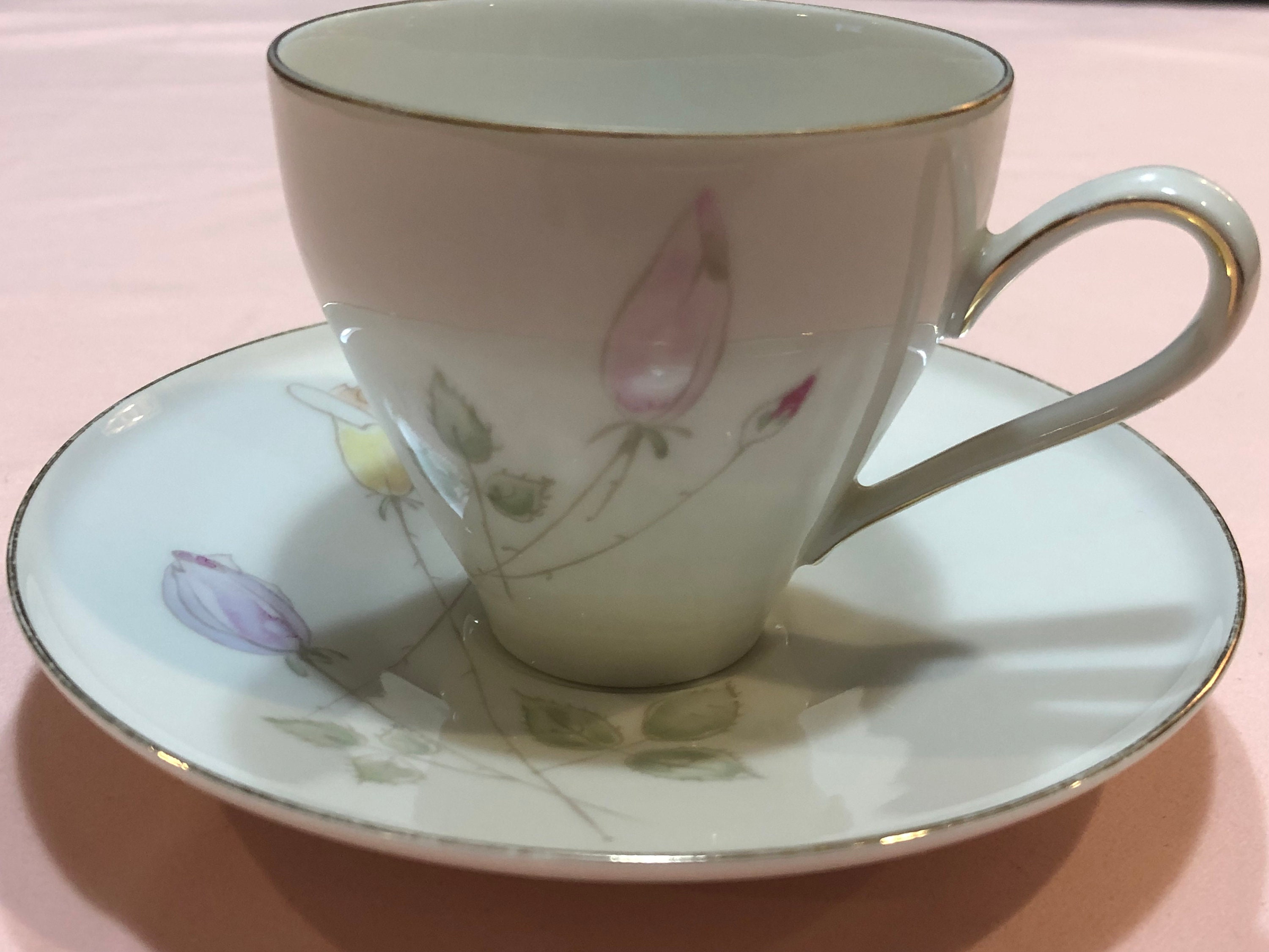 Heinrich H /& Co Selb Bavaria Germany White Tea Cup and Saucer