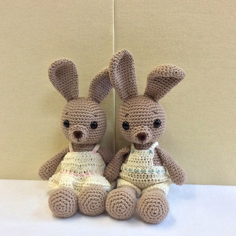 Amigurumi bunny in dress: free pattern | Amiguroom Toys | 794x794