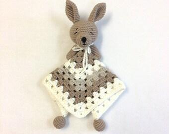 BABY LOVEY Australian Animals, Crochet Joey Baby Kangaroo/Bunny Lovey, Crochet Toys, Baby Shower Gifts, Australian Gift, New Baby Gifts, Ing
