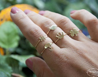 Good luck rings, four-leaf clover, robin, umbrella, snowflake, simple ring, handmade ring, made in Italy, nature inspired, sustainable ring