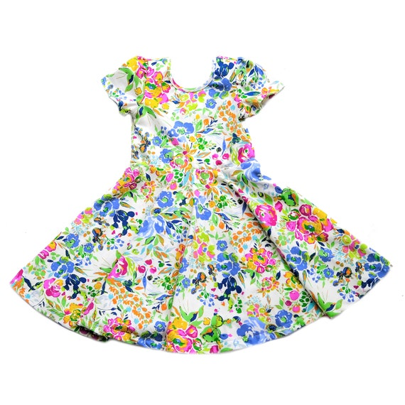0fbca8f7ce Short Sleeve Skater Dress in Wildflower Floral Flower Spin
