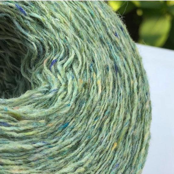 Donegal tweed yarn 416 yrds hand knitting yarn Soft merino tweed yarn on cone per 100 gram cone