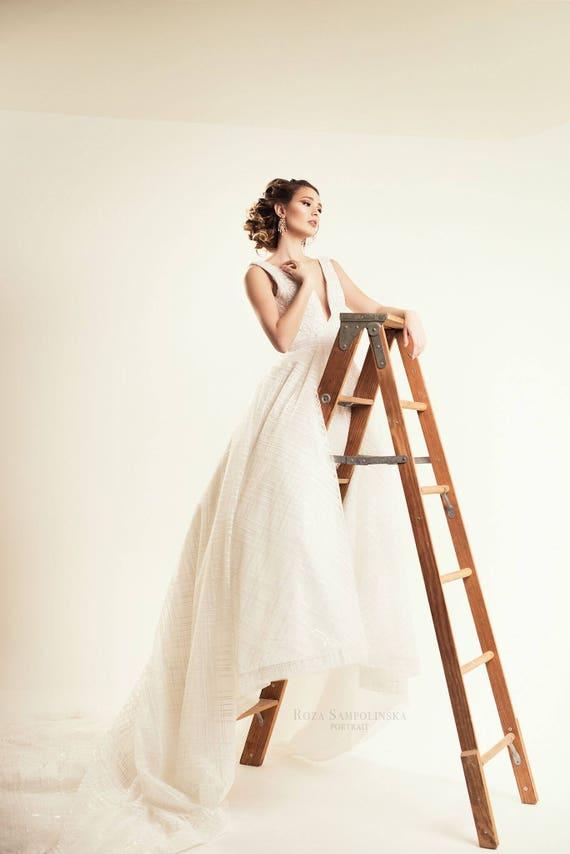 Anastasia Beaded Cross Hatch Wedding dress Corset Back | Etsy