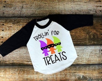Kids Halloween Shirt | Boys Halloween Shirt | Girls Halloween Shirt | Trollin' for Treats | Trick or Treat Shirt | Funny Halloween Shirt