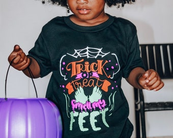 Kids Halloween Shirt | Trick or Treat Smell my Feet Shirt | Halloween Shirt for Boys | Halloween Shirt for Girls | Halloween Shirt for Kids