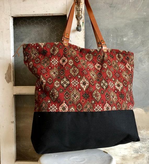 super mignon 6ff6b 33be9 Big tote Bag, grand sac cabas, oversized bag, weekend bag, Handmade VINTAGE  Upholstery bag, geometric fabric, with zipper. Large Tote Bag