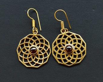 7 Gram Beautiful Designer Natural Garnet Earring Brass Gold Plated Handmade Jewelry Size 4.2x2.5 CM Earring Jewellery SM191