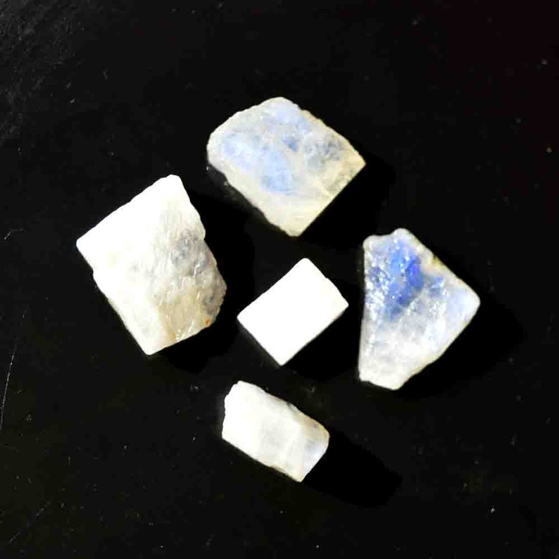 5 Pieces Lot Blue Fire Gemstone G20196 85.5 Carat Natural Blue Fire Rough Rainbow Moonstone Gemstone Craft Supplies