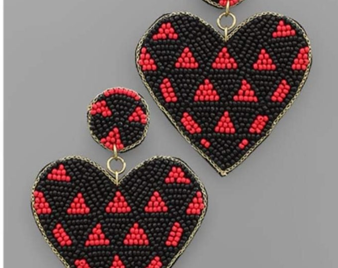 Triangle Pattern Heart Bead Earrings in Black and Red