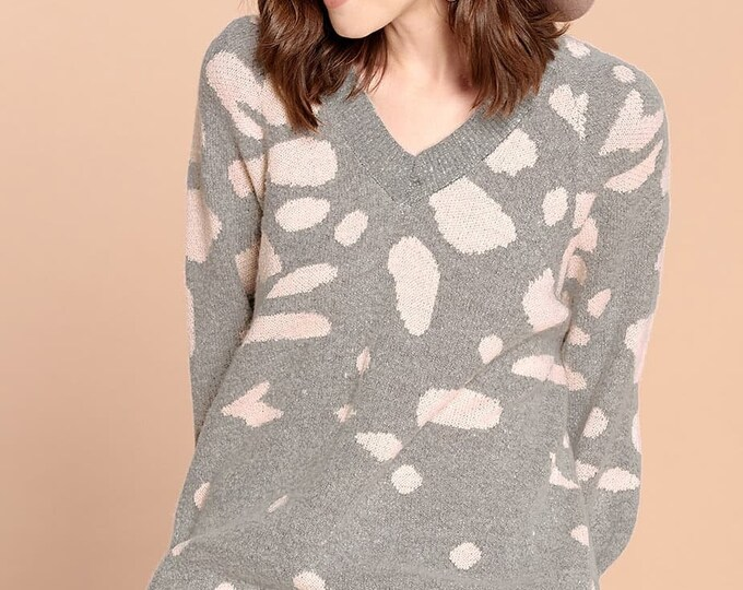 Vneck pink and grey sweater