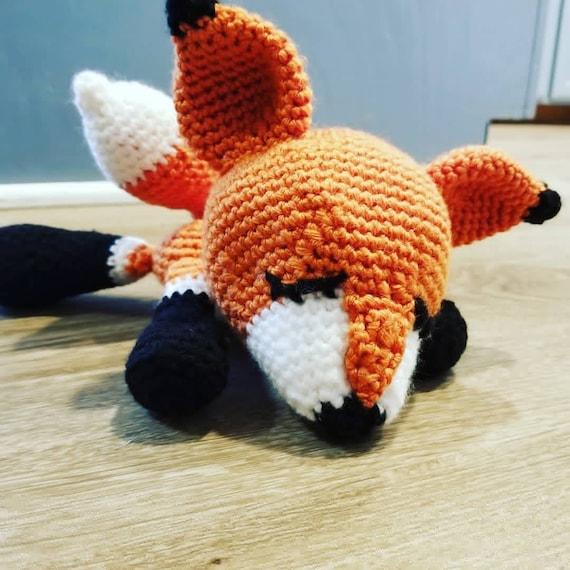 Fuchs Amigurumi Häkelanleitung von Little Bear Crochets | 570x570