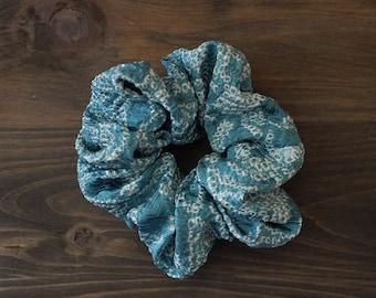 Scrunchie, hair accessory, Chouchou, Japanese kimono fabric, silk, shibori