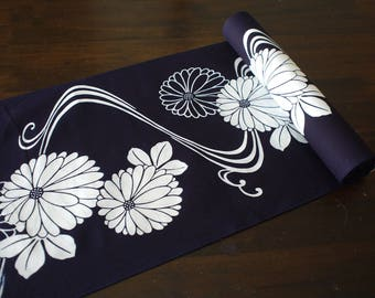 Japanese yukata fabric, Japanese cotton fabric for yukata, navy, dark navy, chrysanthemum