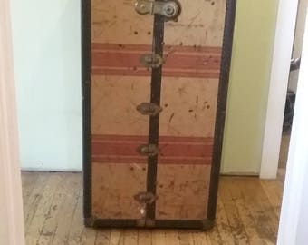 antique wardrobe trunk local pickup only - Wardrobe Trunk