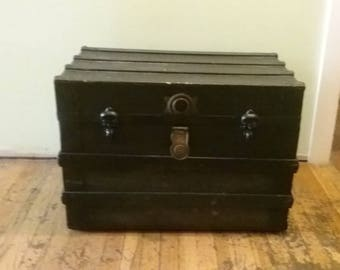 Charmant Old Wooden Trunk, Vintage Wood And Metal Chest, Vintage Steamer Trunk,  Blanket Trunk, Trunk With Wheels, Antique Trunk
