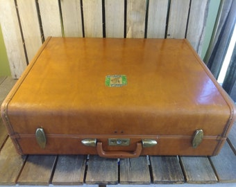 Large Samsonite Suitcase