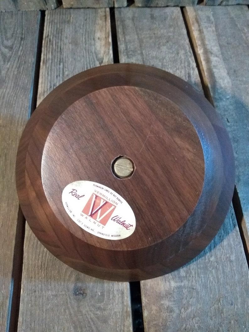 Vermilion Walnut Dish