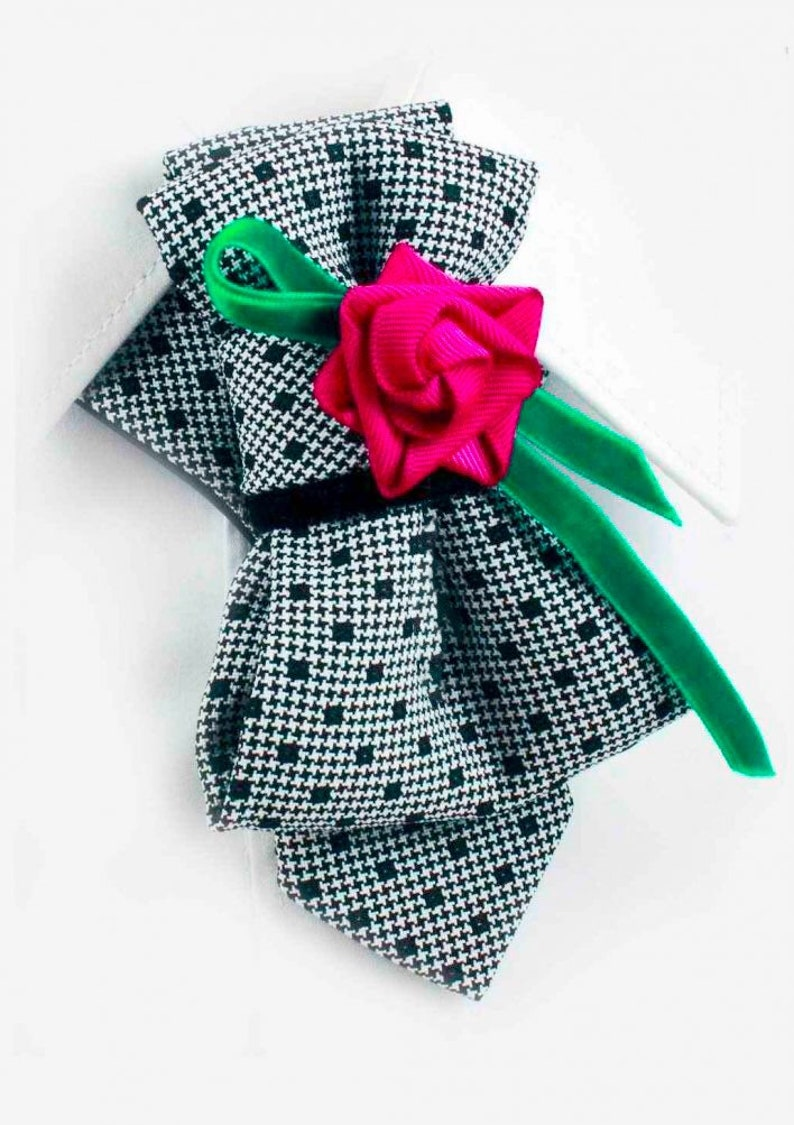 Hopper tie ROSE Bow tie for women Tie for couple Pink rose tie for women