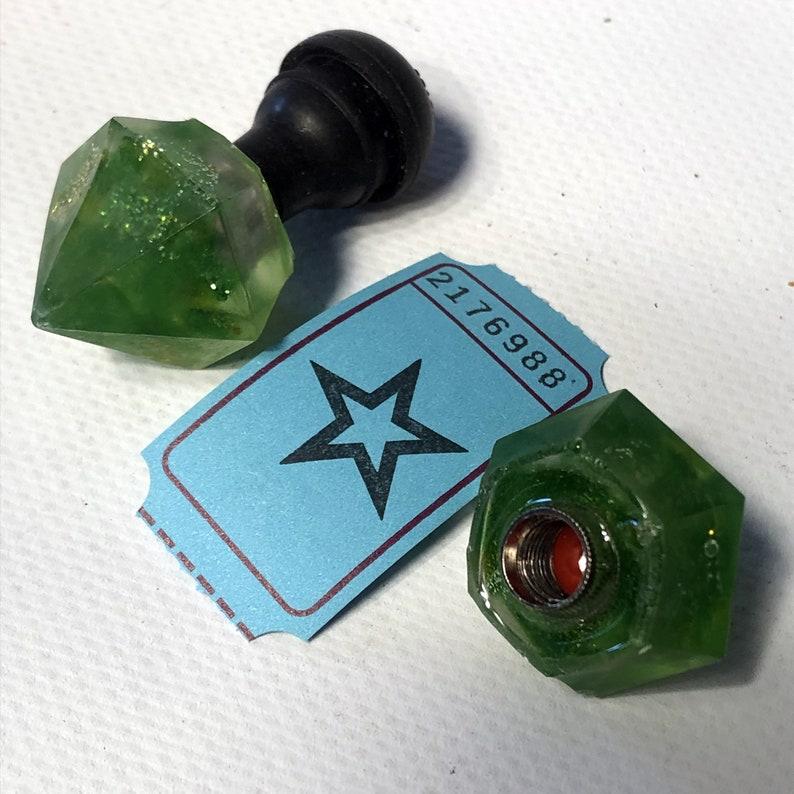 Diamonds valve caps / 2176988 image 0