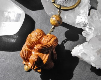 Carved Wood Three Wise Monkeys and Picture Jasper Keyring