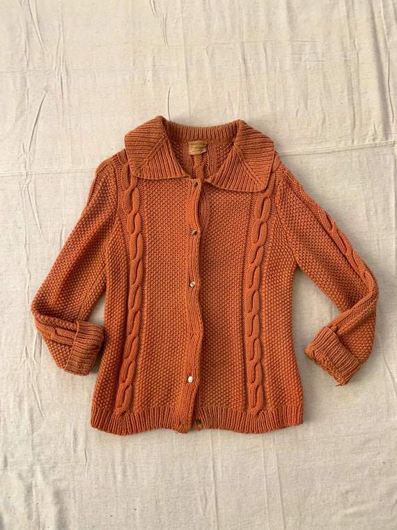 Vintage 1940s / 1950s Cable Knit Peach Wool Sweate