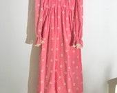 Stunning 70s Prairie Boho Pink Daisy Ruffle Long Sleeve Maxi 70s does Victorian Gunne Sax style Dress