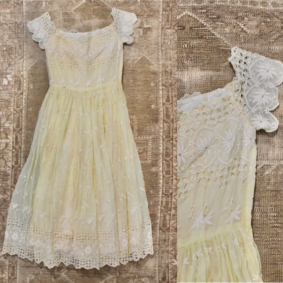 Vintage 50s Sheer Buttery Yellow Eyelet Lace Embro