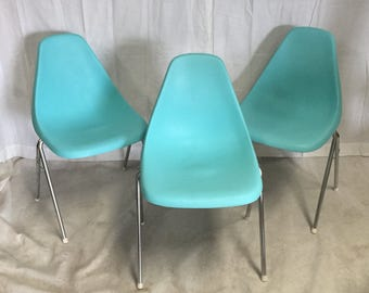 Vintage 1960s Stacking Chairs Set Of Three Molded Plastic Shell Chairs  Modern Bucket Shape Turquoise With Chrome Legs Eames Era Style