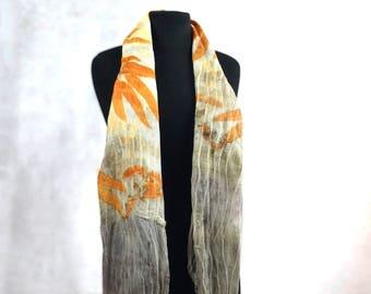 Felt scarve