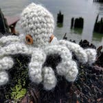 Crochet Octopus / Octopus Stuffy / Baby Octopus / Wool Octopus with Button Eyes / Crochet Tentacles / Baby Gift