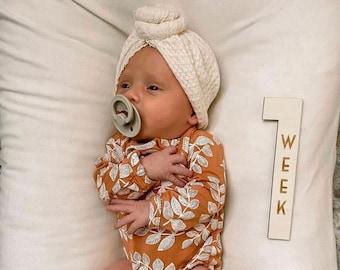 Wood Milestone Cards - Pregnancy milestone cards - Monthly milestone card - Baby Shower Gift -  Milestone Blocks - Milestone Numbers