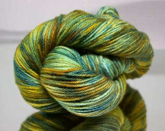Hand dyed - Aged Copper - 100% Superwash Merino wool yarn worsted - 4 ply