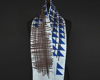 Gitter (grid),  artistic formed silk scarf, 150 x 18 cm, handprinted on high-quality-silk, double-layed
