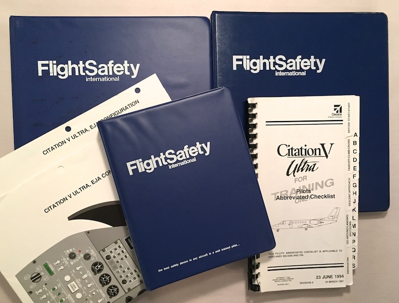 Flight Safety Citation V Ultra Pilot Training Manuals I II Recurrent Checklist 1996 1998 Binder Aviation Flying Reference Business Jet