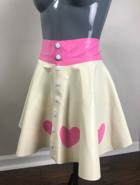 Heart latex flare skirt XL