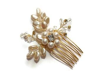 Gold Floral Comb, Pearl Hair Comb, Bridal Hair Comb, Bridesmaid, Flower Girl