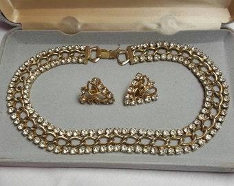 Vintage Elegant Silver-Tone Jewelry Set