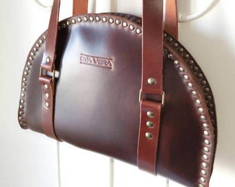 076037275e Shoulder leather bag