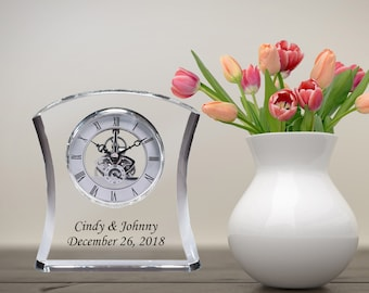 Curved Crystal DaVinci Moving Gear Desk Table Clock Silver Mantel Engraved New Home Wedding Anniversary Gift Retirement Birthday Graduation