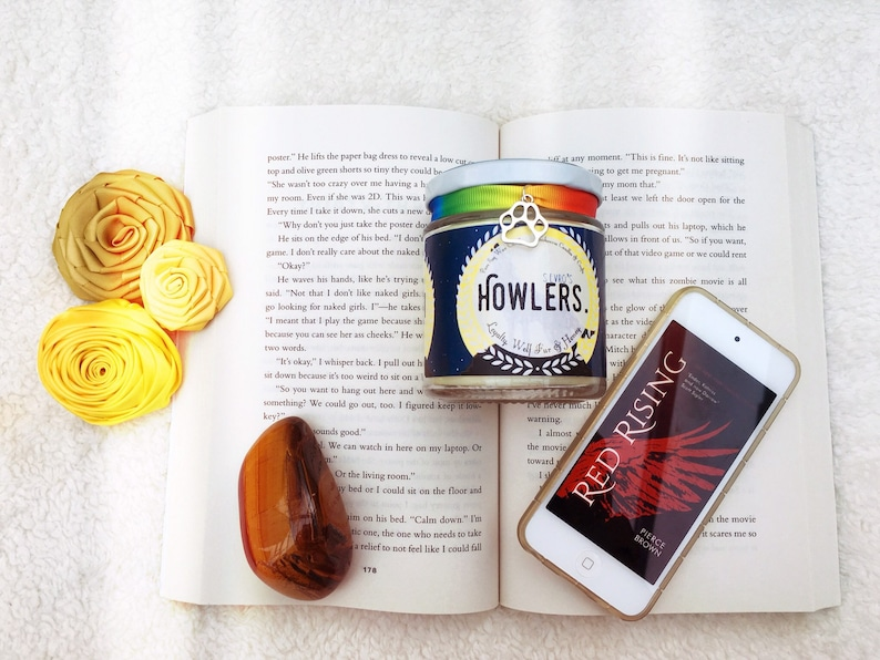 Howlers - Red Rising Inspired Candle