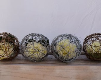 Grapevine Balls with Flower