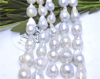 fireball shape irregular baroque shape pearls freshwater pearls necklace