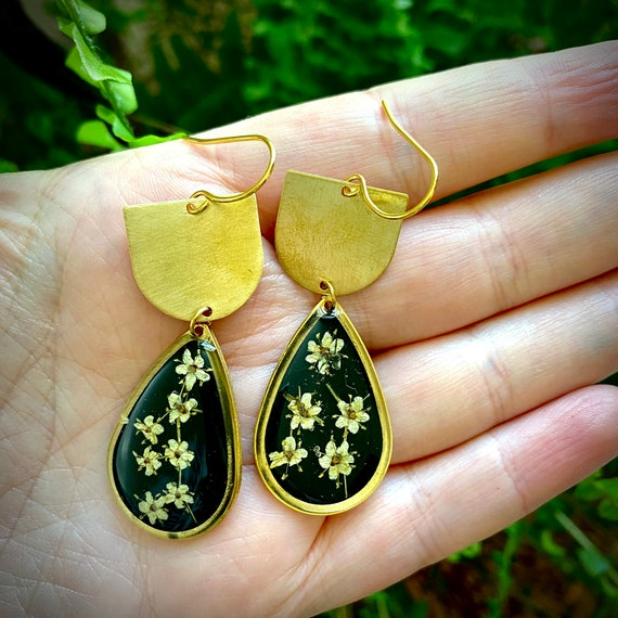 elderflower dangle brass earrings
