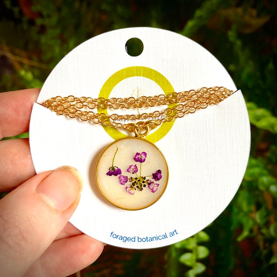 Sweet alyssum flower gold circle necklace