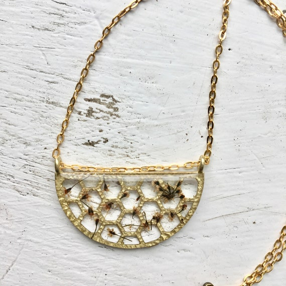 Small honeycomb necklace