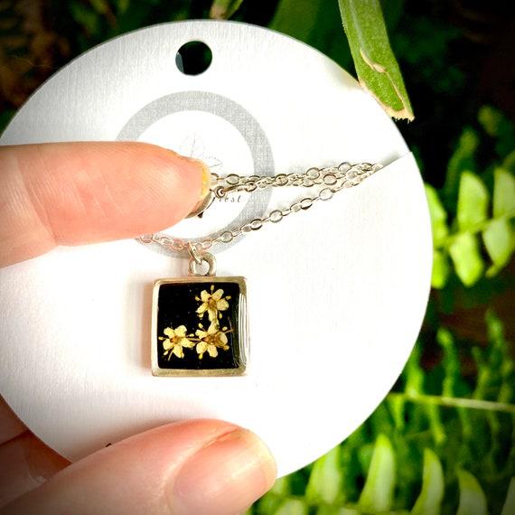 Bitty elderflower silver square necklace