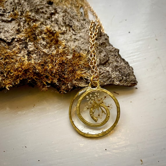 gold spiral necklace