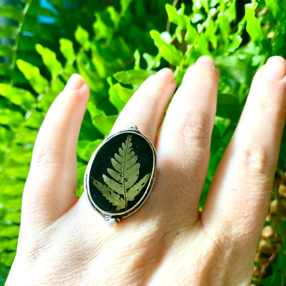 Fancy silver bracken fern adjustable ring